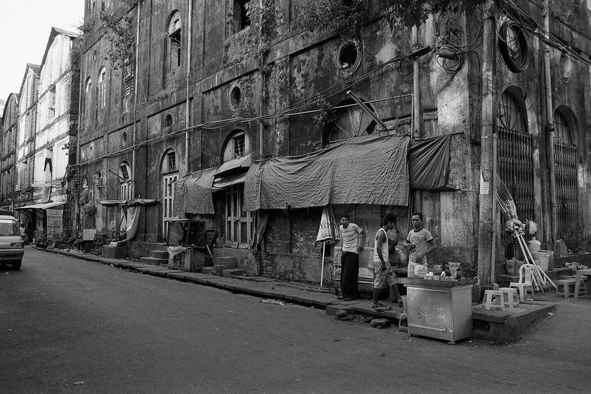 16-myanmarstreet